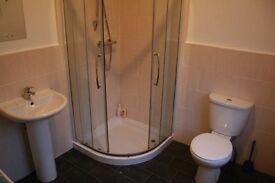ACADEMIC YEAR 2017/2018!! 5 bedrooms - Furness Road - STUDENTS/PROF - 3 BATHROOMS