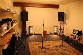 creative music rehearsal space & storgae