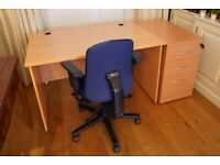 Desk with chair and lockable drawers - great condition