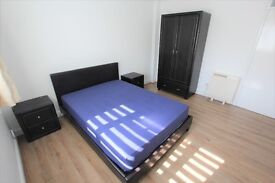 HUGE DOUBLE BEDROOM - NEWLY DECORATED AND MODERN - NEAR POOLE QUAY - AVAILABLE NOW