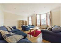 REDECORATED 4 BED FLAT MINUTES AWAY FROM CLAPHAM COMMON PARK