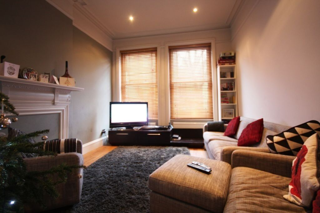 Recently Refurbished Two Double Bedroom Located In The Heart Of West Hampstead