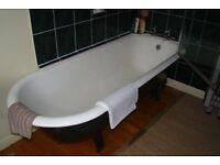 CAST IRON BATH rolled top (OLD) 4 legs 6ft x 2ft.6ins