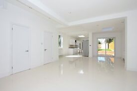 STUNNING 5 BED DETACHED HOUSE IN FINCHLY CENTRAL, 4 BATHROOMS!