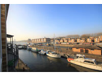 Beautiful two double bedroom apartment in the beautiful and quiet surroundings of Rainbow Quay