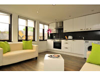 104M-BATTERSEA -LARGE ONE BEDROOM FLAT IN VERY GOOD LOCATION - £1,500 PCM