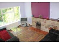 2 Double rooms in Lenton £65 pw!