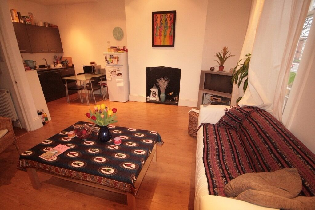 Luxury spacious 2 bed property near Brixton station!