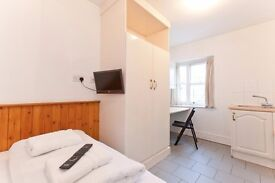 Studio Swiss Cottage for long lets £950 pcm All bills and WIFI