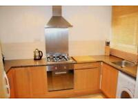 3 bedroom flat in Fenwick Place, Clapham North, Zone 2