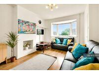 4 bedroom house in Hillspur Road, Guildford, GU2 (4 bed) (#1074707)