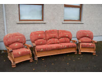 Vintage sofa complete suite 3 1 1 suite in excellent condition *** REDUCED ***
