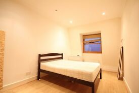 Two double bedroom duplex flat to let in the centre of Fulham Broadway.