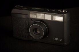 Ricoh GRV1V date ....... 2 Films used