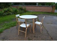 IKEA SKOGHALL ROUND WHITE TABLE WITH 3 CHAIRS. GOOD CONDITION