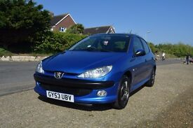 Peugeot 206 1.4i - Perfect first car