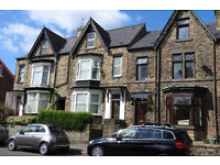Summer student rooms in quality shared house convenient for universities (part inclusive rent)
