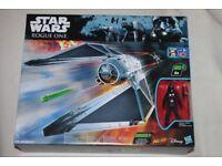 Star Wars Rogue One BATTLE WORN TIE STRIKER + Special Edition 3.75-inch Fighter Pilot Figure NEW