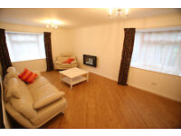 ***** Large 2 bed flat with lockup garage *****
