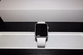 Apple Watch Sport (42mm - White) - Perfect Condition