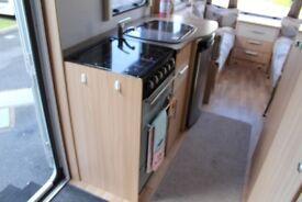 2011 Coachman Amara 570/6, Fixed Bunk Beds,