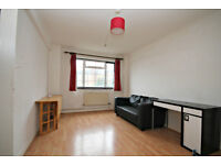 VERY LARGE 3 BEDROOM FLAT!! CALL NOW ON 02084594555 TO BOOK A VIEWING!! DON'T MISS OUT