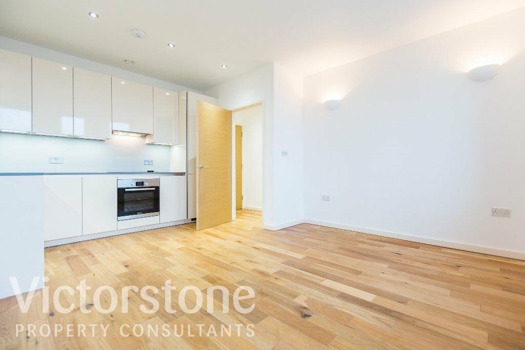 GREAT VALUE ONE BEDROOM FLAT IN WEST HAM £288 PER WEEK AVAILABLE NOW WEST HAM STRATFORD EAST LONDON
