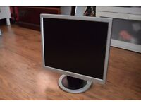 "17"" Flat LCD TFT Used Samsung Monitor - VGA PC Computer - 4:3 Display Screen"
