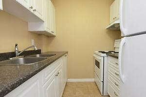 1 BDRM STEPS FROM VIC HOSPITAL!!!