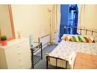 Double balcony room in Shoreditch in Central London. Available now.