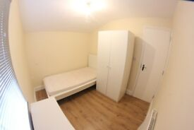 Must See..LARGE DOUBLE ROOM £175 PW IN CANARY WHARF E14