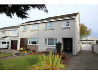 3 bedroom semi-detached villa with garage - redecorated with new floor converings throughout