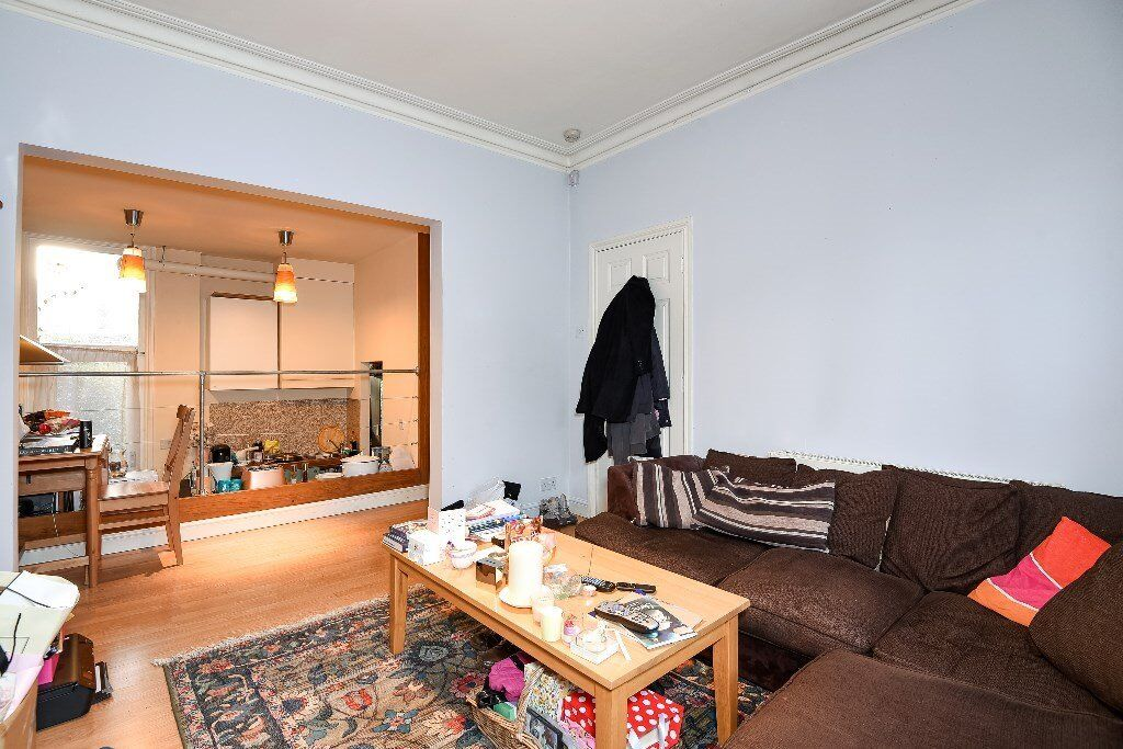 BROCK - A charming period conversion to rent