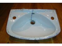 Bathroom Wash Basin/Sink - NEW