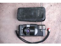 Olympus XA4 XA 4 28mm macro film analogue camera A11 Flash and Olympus pouch; 35mm format