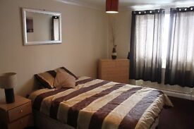 Double Room in Shared House - Houghton Regis, off road parking
