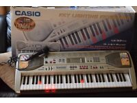 casio lk-93 61 keys lighting keyboard with stand/power adapter/mic/head phone/can see working