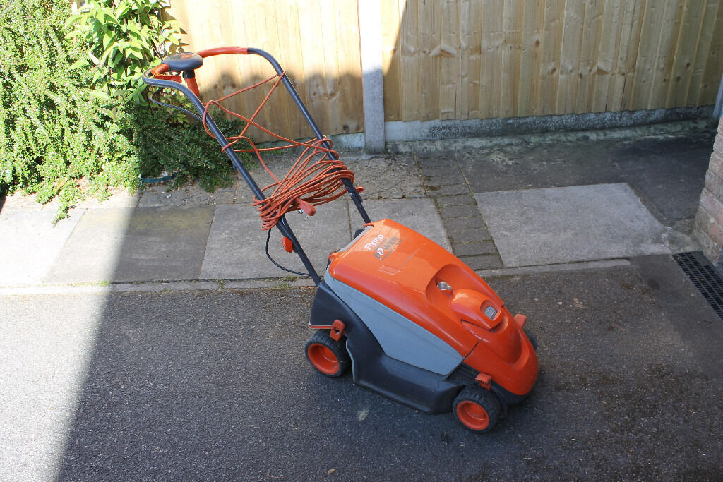 Flymo Power Compact 330 Electric Lawnmower