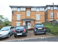 1 bedroom flat in Minstrel Court, Wenlock Gardens, Hendon, NW4