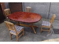 Pine Extendable Table with Four Chairs