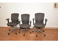 Office Furniture - Desks & Chairs