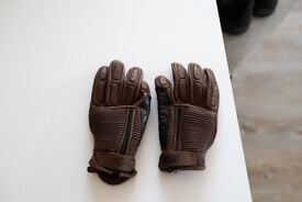 Never used! Rollandsands retro brown motorcycle gloves, size M, £120 purchase for just £60!