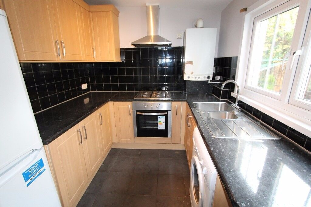 Spacious 5 Bed to Rent - Zone 2