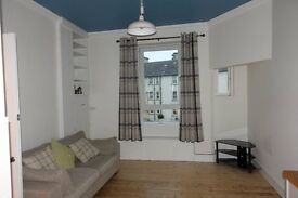 Stylish one bedroom furnished flat for rent in Piersfield Grove, Edinburgh