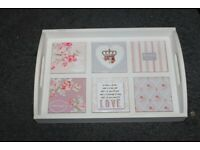 BEAUTIFUL WHITE WOODEN SERVER TRAY WITH 6 PATTERNED CERAMIC TILES