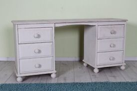 RUSTIC SOLID PINE DRESSING TABLE NEEDS RE-PAINTING - FREE LOCAL DELIVERY - CAN COURIER