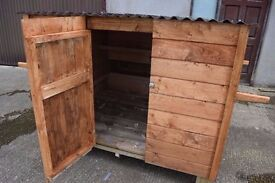 Handmade Hen Shed/Coop, Accessible egg box, Keep up to 17 hens, can be converted to Dog Kennel
