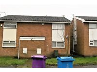 11 BARNET CLOSE - 1 BEDROOM FLAT, EDGE HILL. DG & ELECTRIC HEATERS. DSS WELCOME.