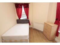 🏠SPACIOUS DOUBLE ROOM IN 5 BED FLAT IN BOW ROAD - Zero Deposit apply - 10a Stroudley