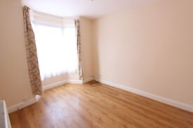 FINCHLEY CENTRAL. 2 BED FLAT. CLOSE TO ALL AMENITIES & TRANSPORT. N3 N12. CALL TODAY